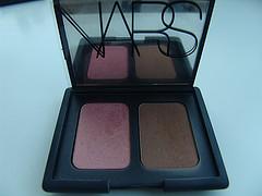 bronzer for fair skin and bronzer for dark skin