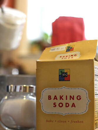 Budget Uses for Baking Soda in Your Beauty Regimen