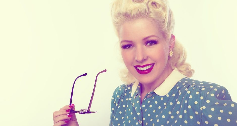Makeup Tips For Spectacle Wearers